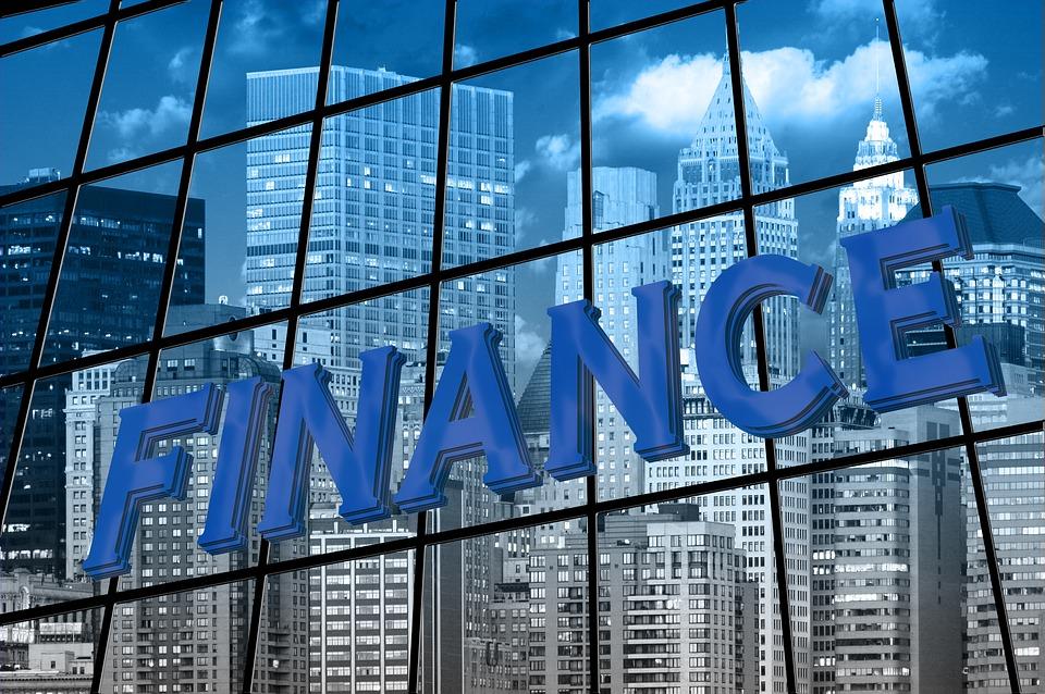 Votre entreprise à besoin d'une banque? La solution avantageuse est la banque en ligne
