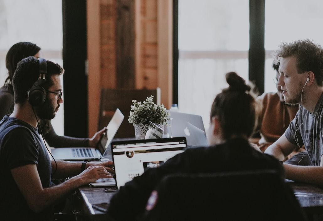 Création d'entreprise : marketing digital et avis professionnel